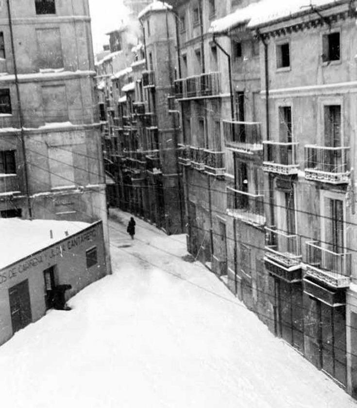 Foto del día :La plaza Domingo Gascón y el Tozal , sobre al año 1950